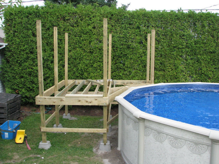 Exemple de deck piscine for Plan pour deck de piscine